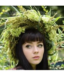 Венок из цветов на голову 11