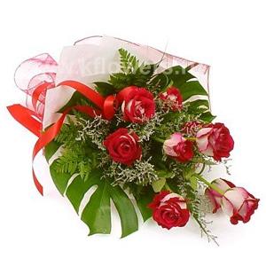 Букет цветов каскадный 11