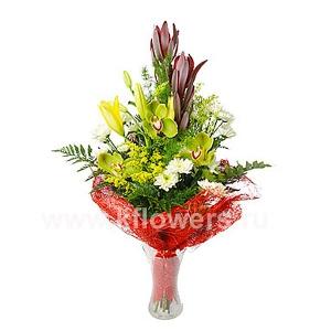 Букет цветов каскадный 13
