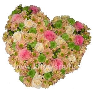 Композиция цветов сердце 19