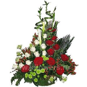 Корзина цветов 18