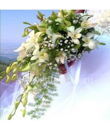 Букет невесты каскадный_11