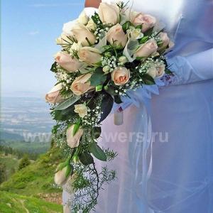 Букет невесты каскадный 14