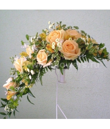 Букет невесты каскадный_21