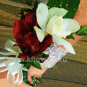 Браслет из цветов 39