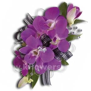 Браслет из цветов 45