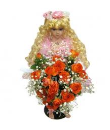 Кукла(50 см) с букетом