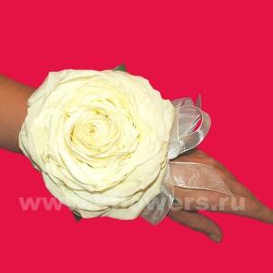 Браслет из цветов 48