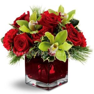Букет цветов новогодний 35