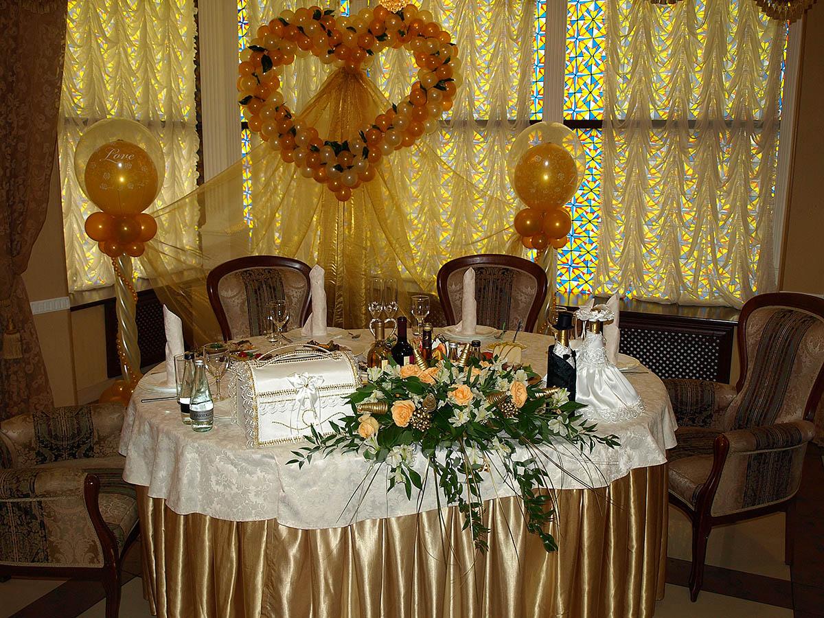 Украшение столов на свадьбу своими руками : фото оформления 81