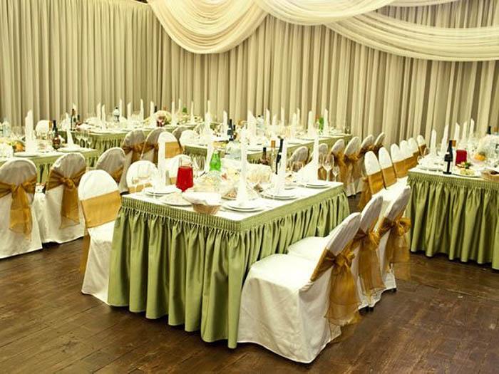 Утонченное сочетание элементов свадебного декора
