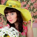 Юлия и цветы – студийная фотосессия для компании Королевский цветок