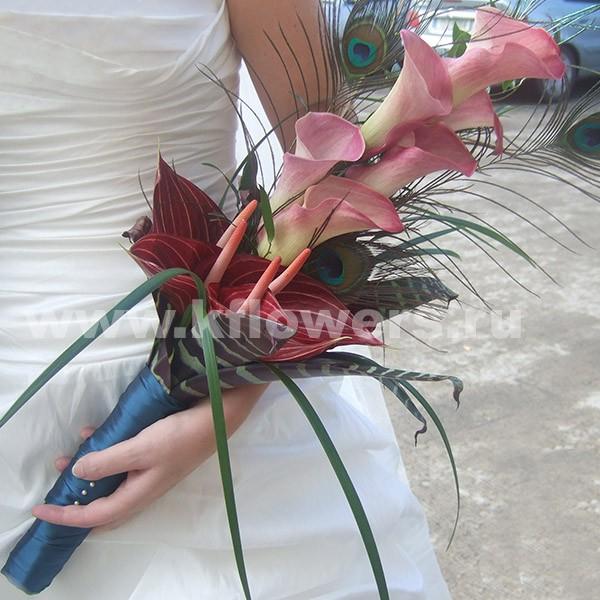 Свадебный букет невесты из калл - классика жанра