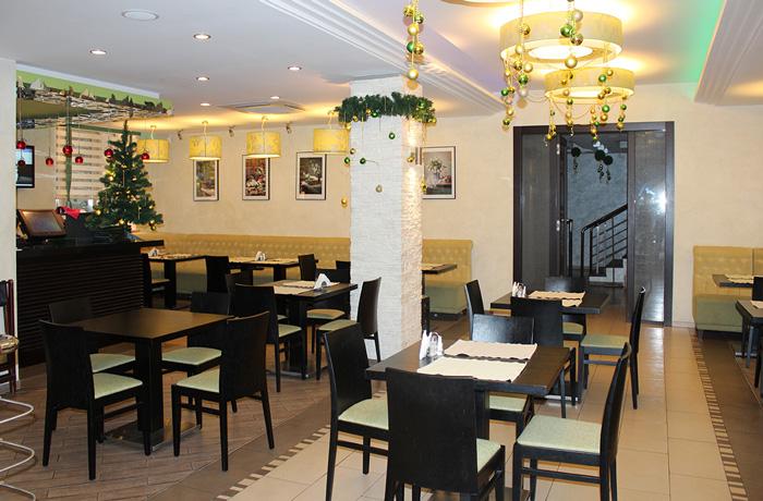 Ресторан Вишневый Сад рад угодить и великолепно угостить своих гостей