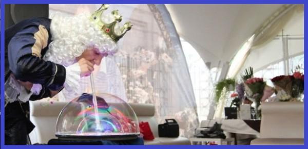 Шоу гигантских мыльных пузырей ФенсиБаблс, Москва