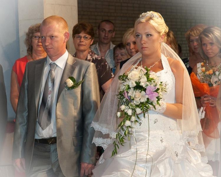 Фотограф на свадьбу нужен с опытом, стажем и отличной аппаратурой