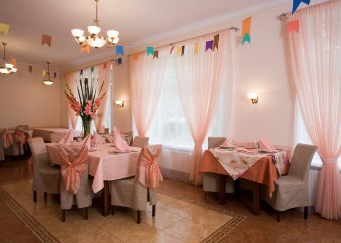 Украшение банкетного зала к свадьбе в ресторане клуба Усадьба