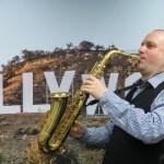 Дмитрий Семин — саксофонист-диджей на свадьбу с чудесным репертуаром и огромным опытом
