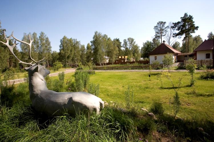 Подмосковный загородный клуб - чудесное место для прогулок и отдыха