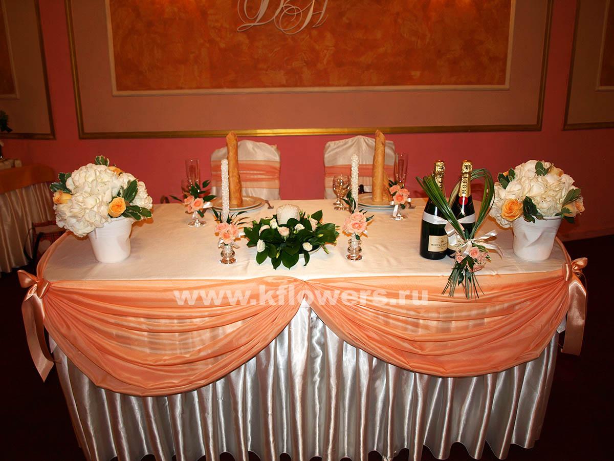 Декор свадебного стола - тканью, цветами и шарами, мастер-класс по 45