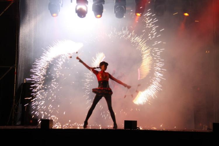 Пиротехнические эффекты в сочетании с музыкой вызывают каскад эмоций