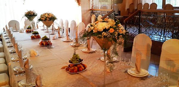 Флористическое сопровождение дня рождения в ресторане Бульвар