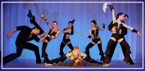 Танцевальное шоу в исполнении группы Ровена, Москва