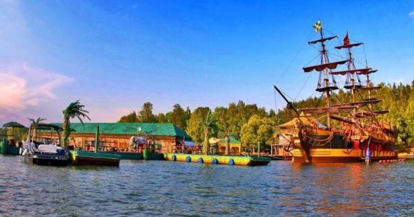 Загородный клуб Малибу на Пироговском водохранилище