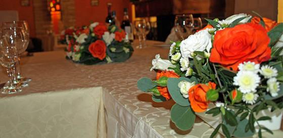 Оформление свадебного зала в ресторане Пироговский дворик в праздник Красной горки