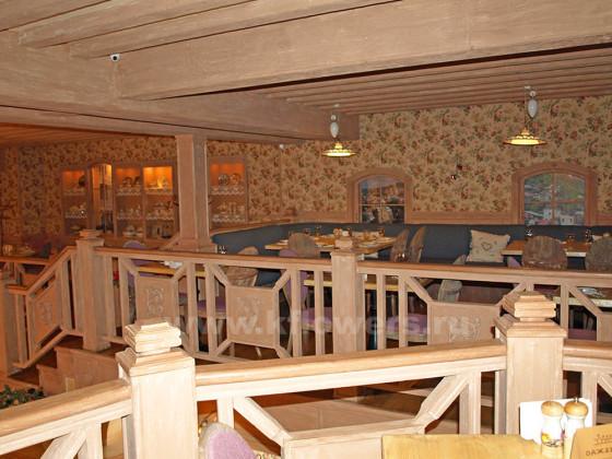 Располагающая обстановка II этажа ресторана в Подмосковье