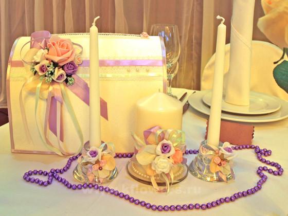 Фото президиума молодых: сундучок для подарков и интересные свечи