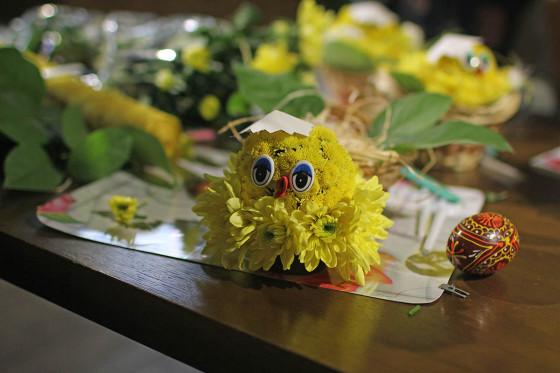 Результат мастер класса - симпатичные игрушки из свежесрезанных цветов